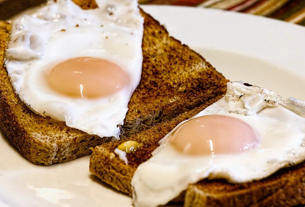 fried eggs, breakfast, toast
