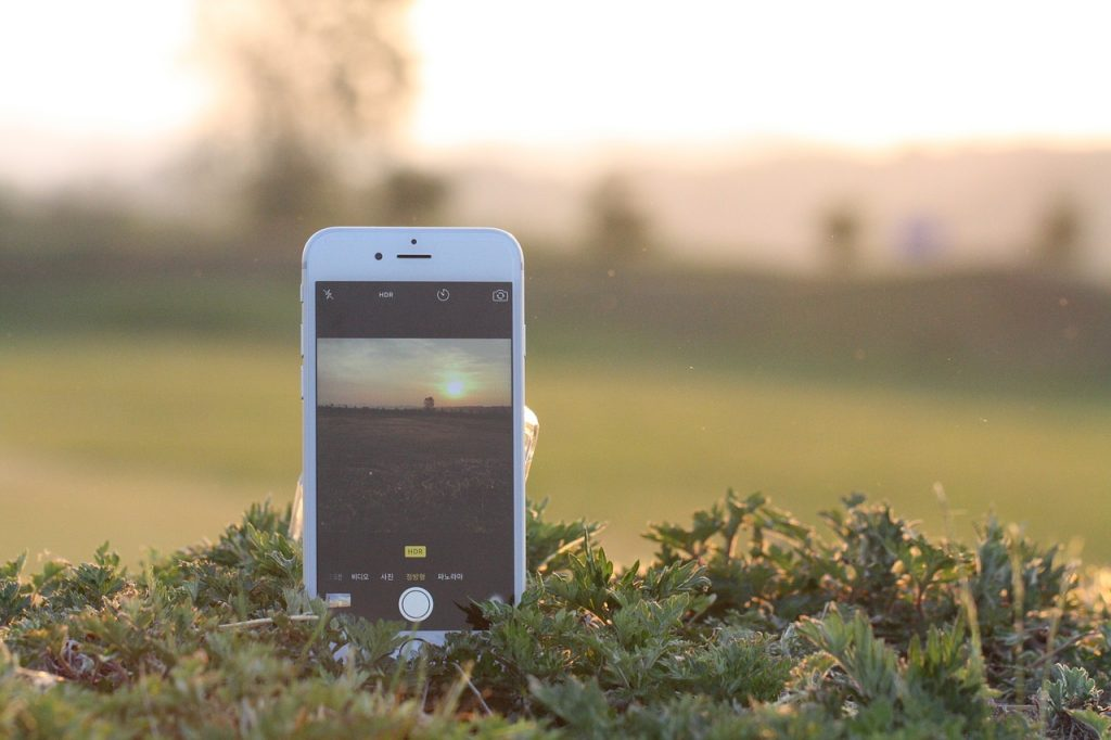 iphone, cellphone, cellular phone
